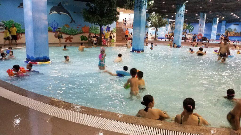Bể bơi tại Vinhomes Wonder Park Đan Phượng